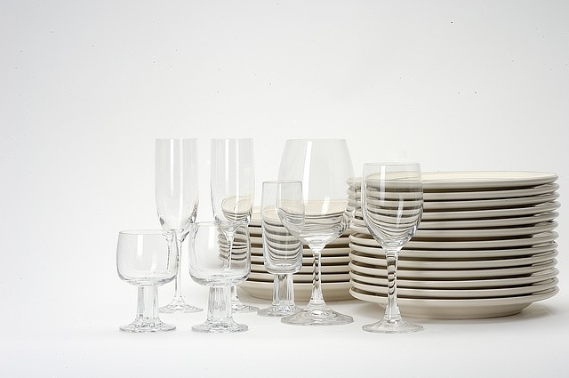 dishes-1348213_640.jpg