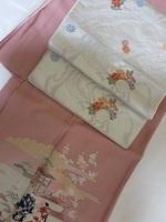 ピンクの付け下げ&白い帯.JPG