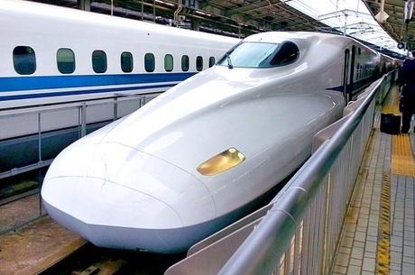新幹線を使った遠距離介護・帰省にEX予約を|便利に使って交通費を節約