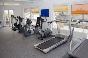 fitness-studio-1916759_640.jpg