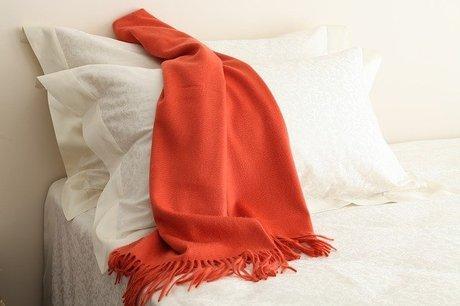 scarf-4547071_640.jpg