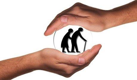 高齢者介護施設での面会制限緩和|それでも面会が不安な理由