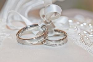 wedding-2544405_640.jpg