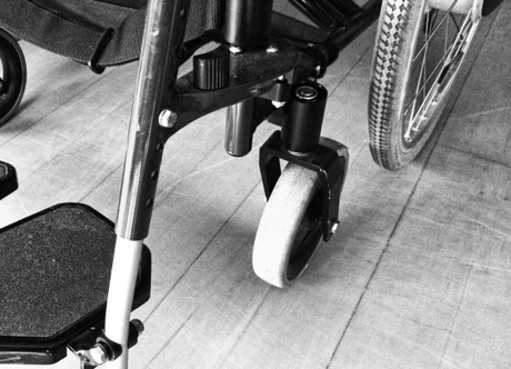 wheelchair-1589476_640.jpg