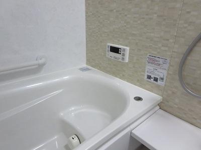 【ニトリ】「水で洗えるバスクリーナー」でラクラクお風呂掃除