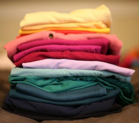 夏物Tシャツの断捨離|捨てる理由・捨てない理由