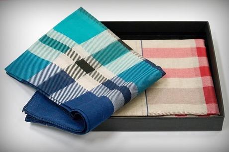handkerchief-2639321_640.jpg
