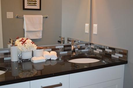 リクシル(LIXIL)ショールームで洗面化粧台を選ぶ